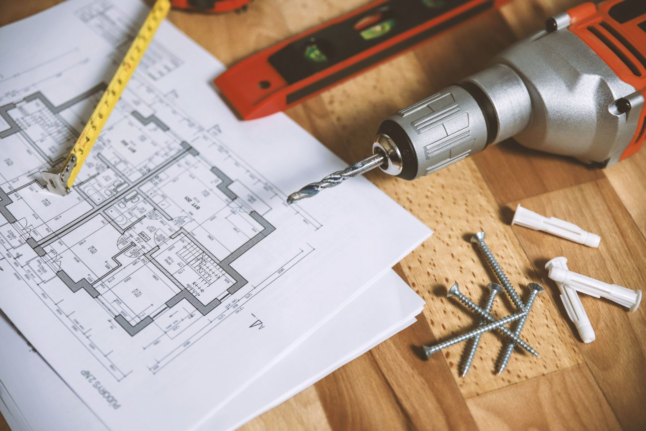 Do I need to tell my home insurance provider that I am renovating my house?