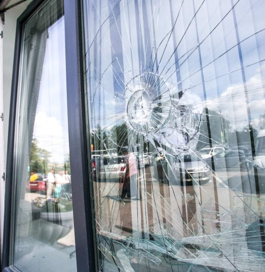 Does Home Insurance Cover broken windows